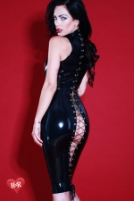 Robe latex Flash-Back - Magnifique robe moulante f�tichiste en latex Skin Two haute qualit�, impudique et hautement sensuelle.
