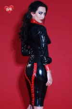 Jupe latex Mistress - Jupe bicolore lac�e en latex Skin Two haute qualit�, changez pour la mode f�tichiste.