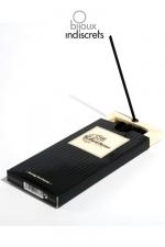 Encens Burning Lust - Coffret de 26 b�tons d'encens au parfum sensuel avec support incorpor�.