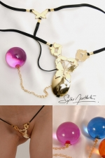 String Papillons de Jouissances (Or) - String bijou papillons d'Or avec une boule p�n�trante tr�s intime.