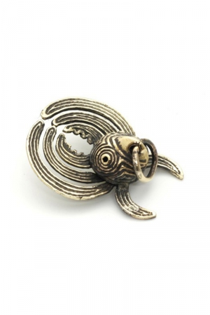 Un oiseau mythique en guise de pince pour votre téton.