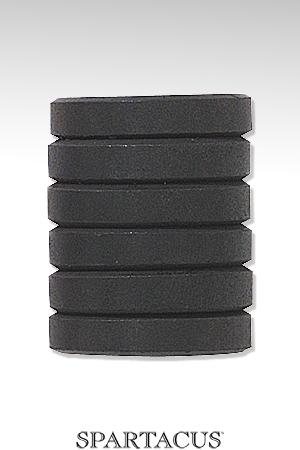 6 poids magnétiques amovibles de 15 g chacun, soit 90 g de leste supplémentaire.